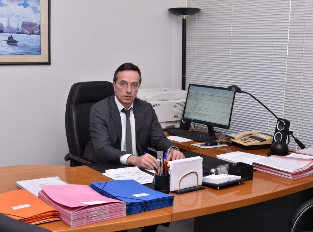 Γιάννης Σαλής - Υπεύθυνος γραφείου
